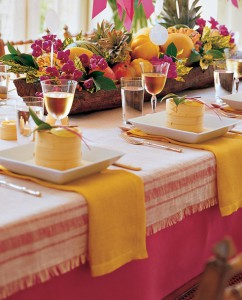 mla102652_july07_table_centerpiece_hd